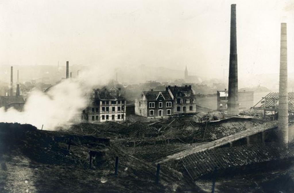 Wittener Roburit-Fabrik nach der Explosion 1906